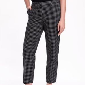 🍁 OLD NAVY Harper Grid Check Cropped Ankle Pants